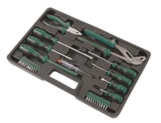 30 piece comprehensive tool kit